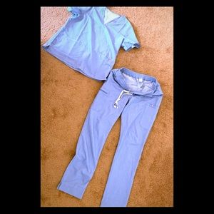 Figs denim color scrub set NWOT L/XL